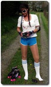 Rollschuhe &amp; Outfit im 80er Retro-Style!
