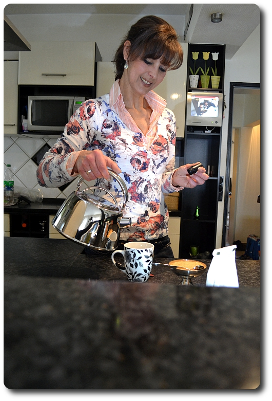 Frau Küche Herd
