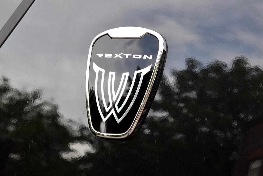 Rexton W