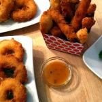 Zwiebelringe frittiert